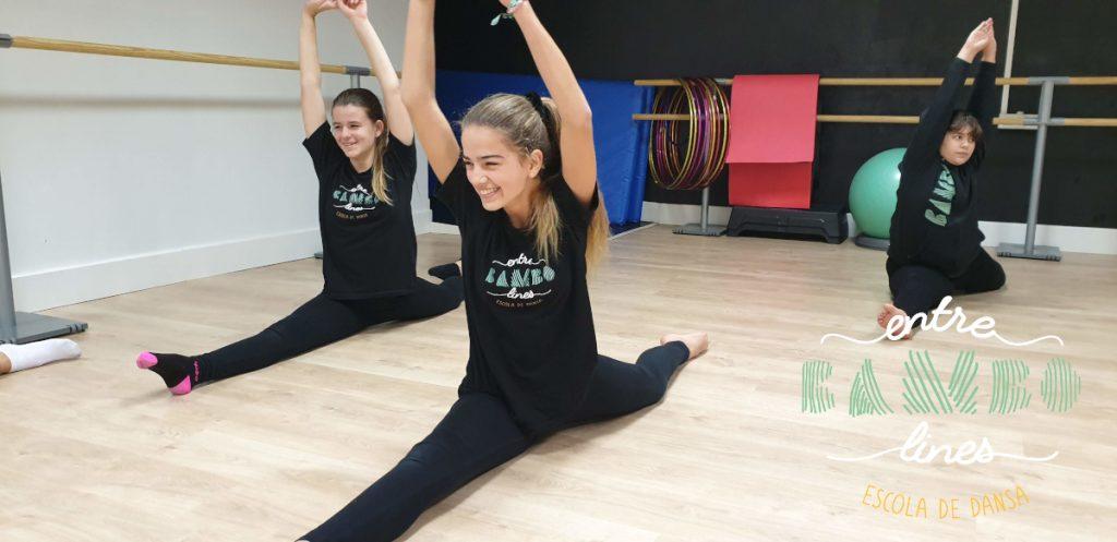 clases junior, adolescentes de danza, acrobacia y Fit Kid en Sant Andreu de la Barca. Ven a bailar.